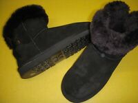 Lamo Adele Water & Stain Resistant Suede Ankle Boot w/ Ribbon Women's 8 M Black