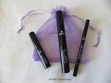 Idée cadeau : 1 mascara noir, 1 crayon charbon, 1 eyeliner Avril bio