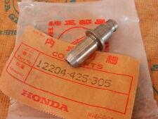 Honda CB 750 900 1000 1100 C F K Boldor guide valve genuine new