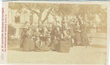 Photo cdv : C.Bretagne et Cie ; Demoiselles de la Légion d'Honneur , vers 1880