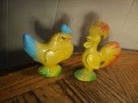 Vintage Plastic Rooster & Chicken Salt & Pepper Shakers Kitchen Tool - Hong Kong