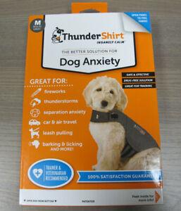 Thundershirt Dog Anxiety Calming Jacket Medium Dogs 26-40 lb Heather Grey