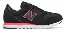 New Balance Women's 311v2 Shoes Black with Pink