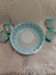 Tupperware jello mold green NEVER USED