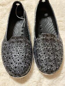Skechers Women's Sz 5 H2GO Flutter Water Shoes Aquatic Black/White Floral Print
