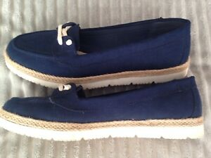 Soleflex Ladies Navy Suede Loafers Deck Shoes Size 7/41
