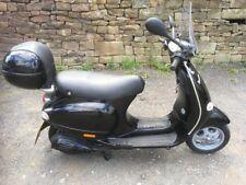 vespa scooter 125