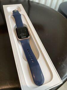 Apple Watch Series 5 GPS 40mm Rose Gold Aluminum Case
