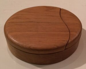 Oval Wood Trinket Jewellery Box With Split Swivel Lid Storage Box Velvet Lined