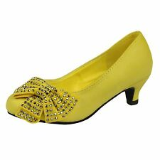 Girls Toddler Youth Dress Shoes Bow Accent Studs Kitten Heel Pumps Yellow