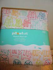 Pillowfort Penguin Flannel Twin Size Sheet Set - 3-pc - NEW