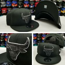 Exclusive New Era NBA BLACK With WHITE Outline Chicago Bulls 9Fifty Snapback Hat