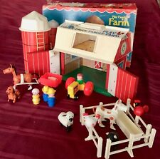 Vintage Fisher Price Farm #915  COMPLETE  w/ box