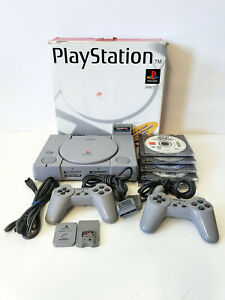 Excellent Video Game Player Console Bundle Sony Play Station SCPH-5501