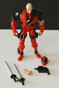 X-MEN X-FORCE DEADPOOL   WITH WEAPONS AND MASK  MARVEL 1996 TOY BIZ