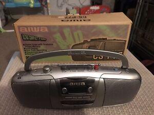 MINI BOOMBOX AIWA CS-P77 PERSONAL STEREO RADIO TAPE BOXED ULTRA COMPACT WALKMAN