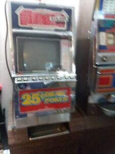 casino slot machine 25 poker