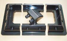 Soportes de montaje de panel solar Inc esquina, lateral y dos Pasahilos Conjunto Negro.