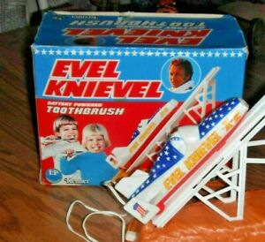 Evel Knievel TOOTHBRUSH BATTERY OPERATED SET- Kenner, 1970's -RARE