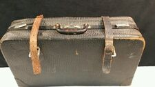 VINTAGE LARGE LEATHER SUITCASE / RUSTIC.