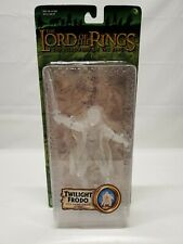 Lord of The Rings Fellowship of The Ring Twilight Frodo w/ Sword Attack Action
