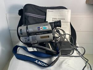 Sony Handycam Vision Camcorder CCD-TRV65 Hi8 Video 72X Tested w/ manual & Tape