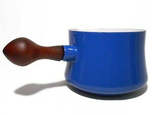 VINT DANSK DESIGNS FRANCE IHQ QT BLUE/WHITE ENAMEL SOUP/SAUCE POT, W/TEAK HANDLE