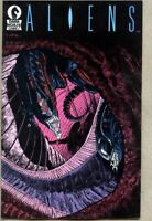 Aliens #5-1989 fn/vf 7.0 1st Aliens series Dark Horse 1st Cover Version
