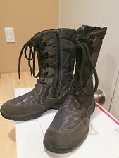 Women's GEOX RESPIRA Boots  Size 8. Pre-owned. No Box.