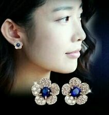 #1071 New fashion personality silver blue crystal flower earrings