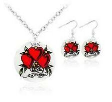 "Ed Hardy 3 Hearts Mother of Pearl Shell 18"" Necklace w/Earrings Set"