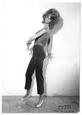 PHOTO MANNEQUIN FEMME NOVITA SIÉGEL Surréalisme Surréaliste 1960 Robe Curiosité
