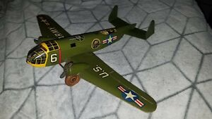 MARX US ARMY AIRPLANE VINTAGE  Windup AeroPlane Plane TIN MARX TOY   2 Propeller