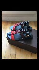 Superbes sandales  Louis VUITTON 38 Neuves Spartiates Cuir Vernis