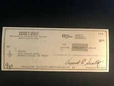 Vin Scully Signed Bank Check Los Angeles Dodgers Hall of Fame Announcer 8/27/90