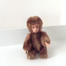 SCHUCO Affe mit Blechgesicht
