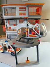Playmobil 6657 Hospital With Helipad Helicopter Ambulance 20 Figures Playsets