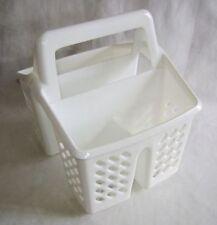 Égouttoirs, étagères et barres egouttoirs en plastique pour le rangement de la cuisine
