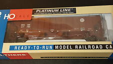 Walthers platinum line BNSF 3-bay covered hopper