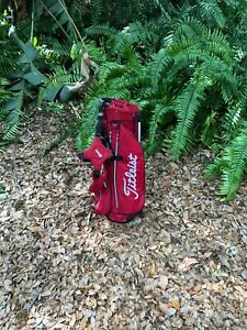 New Titleist Red and White Stand up Bag Golf Bag