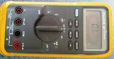 Fluke 83 Multimeter with case and wires