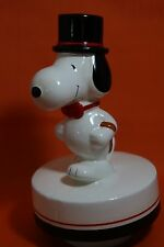 Peanuts Gang  Aviva Snoopy With Top Hat & Bow Tie Ceramic Music Box 1979