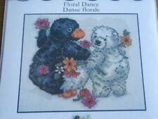Floral Danse Penguin ET OURS Bubble et Squeak Counted Cross Stitch Kit