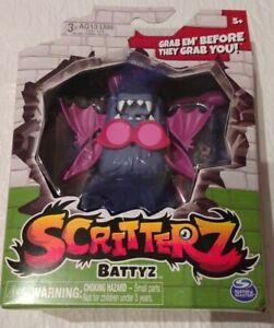 Spin Master Scritterz Battyz Interactive Jungle Creature Mini Monster Toy