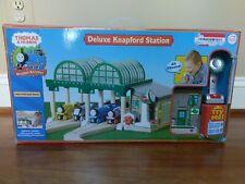 Thomas the Tank Train & Friends Knapford Station Deluxe Wooden Train Track