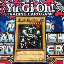Summoned Skull DB1-EN142 Super Rare (EX) - Dark Beginning 1 2004 - YuGiOh!