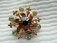 LOVELY VINTAGE 3-D STAR FLORAL PIN/BROOCH WITH RUBY RED RHINESTONE