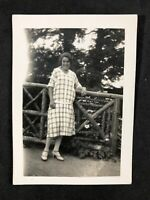 Vintage BW Photo #DG: 1926 Torquay Family Holiday: Young Woman Trees