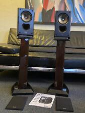 KEF XQ 10 Regal Lautsprecher Boxen Kompakt Speaker in Klavierlack mit Ständer