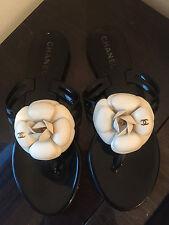 Sandalias Chanel Camelia Flip Flop Zapatos EU 37 UK 4 100% Auténticas